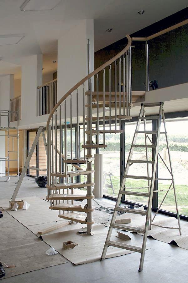 Spiral Staircase Modern Installation 01