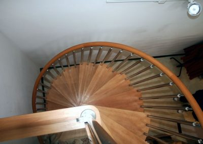 Modern-Spiral-Staircase-timber-tread-10