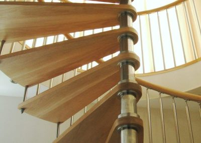 Modern-Spiral-Staircase-timber-tread-2