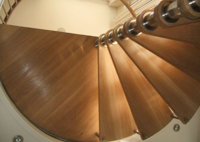 Modern-Spiral-Staircase-timber-tread-9