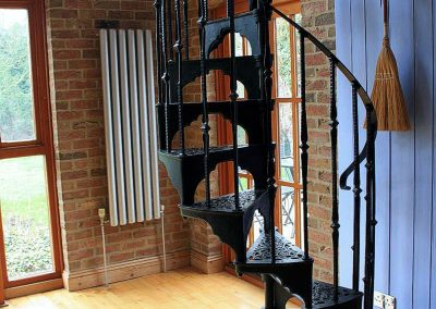 Victorian-Cast-Iron-Staircase-Rhonde-3