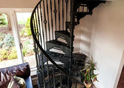 Victorian-Cast-Iron-Staircase-Rhonde-Basket-3
