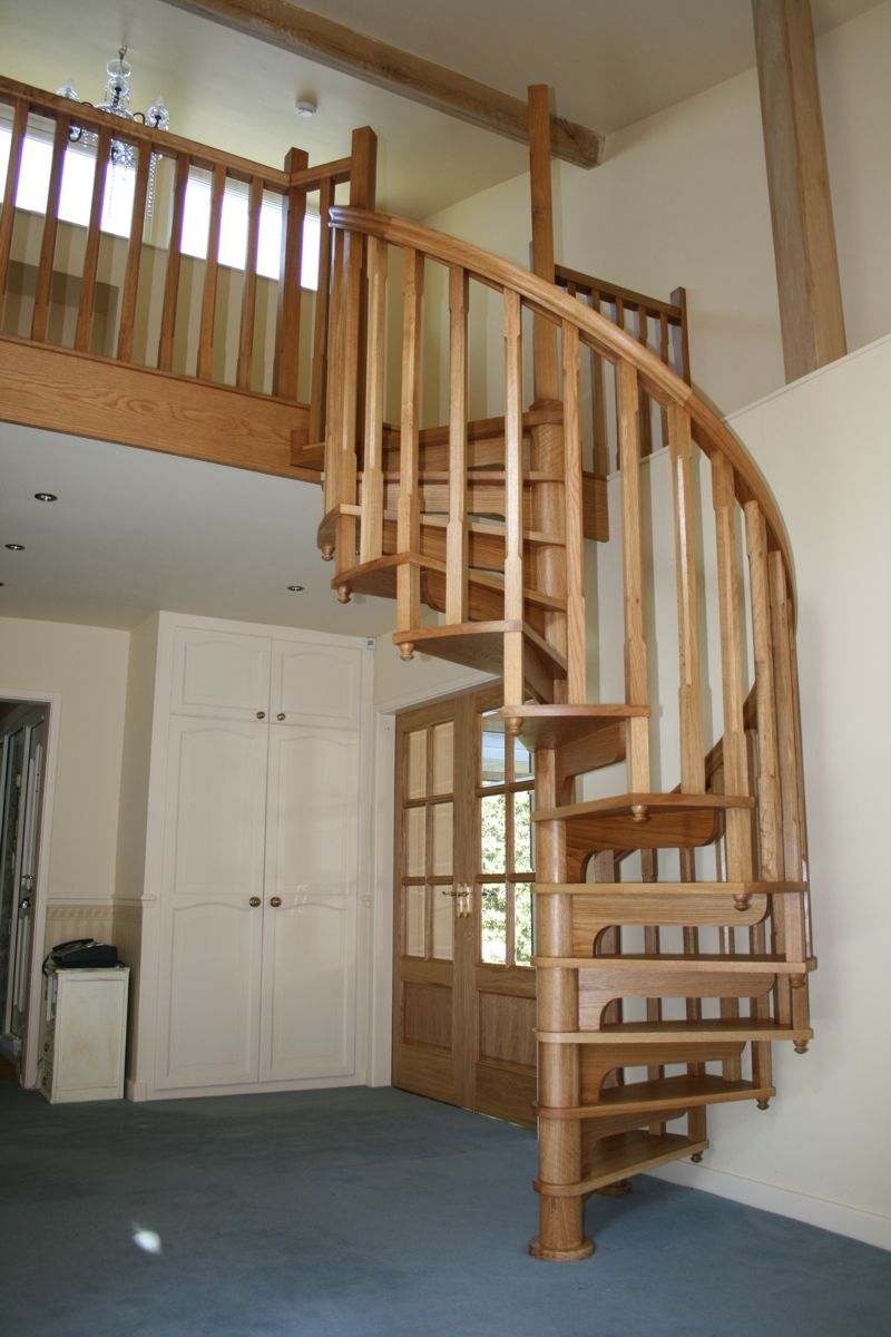 Warwickshire Wooden Spiral Staircase 15