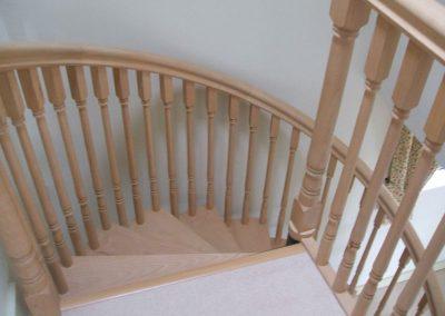 Warwickshire-wooden-spiral-staircase-2