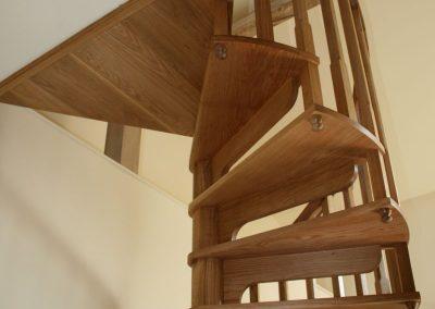 Warwickshire-wooden-spiral-staircase-5