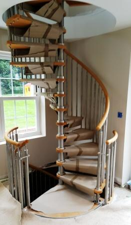 Modern Stainless Steel Spiral Staircase Timber Handrail Installation