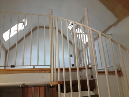 Stratford Installation Timber Tread Steel Spiral Staircase Balustrade 3