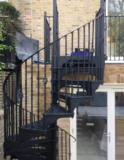 Victorian with Traditional balusters compressed
