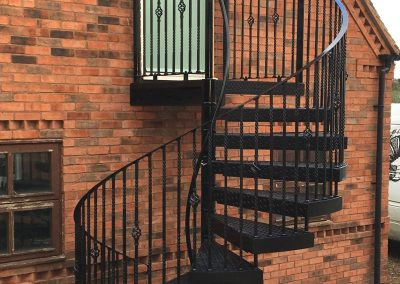 2100 Fire escape with Basket and double twist balusters