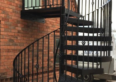 2100 Fire escape with Basket and double twist balusters side view1